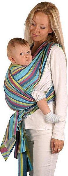 Šátek Womar Be Close umožňuje nosit děti v několika polohách v závislosti na věku dítěte.