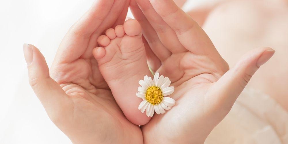 Výbavička pro miminko: seznam toho co nesmí chybět (2021)