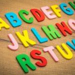 hračky pro děti na výuku angličtiny