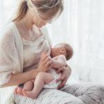 Jak na bolest při kojení