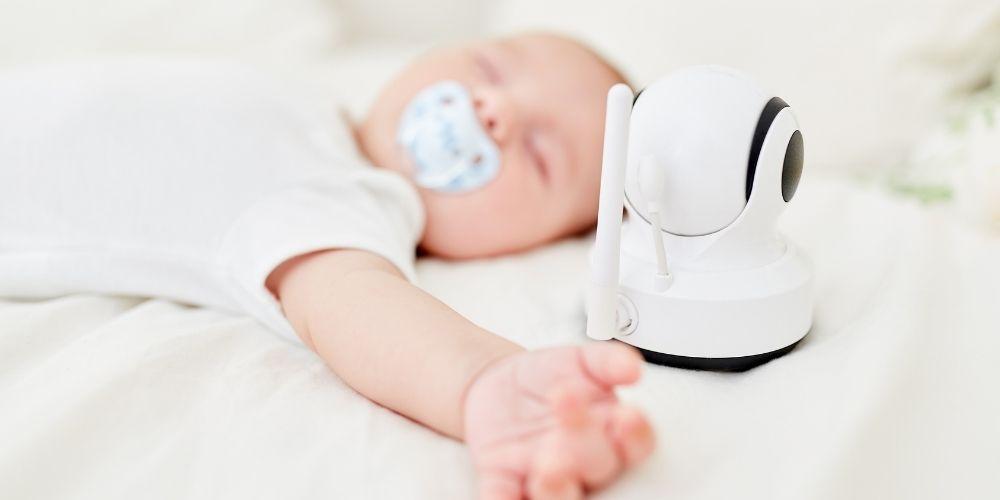 Pleny a přebalování miminka